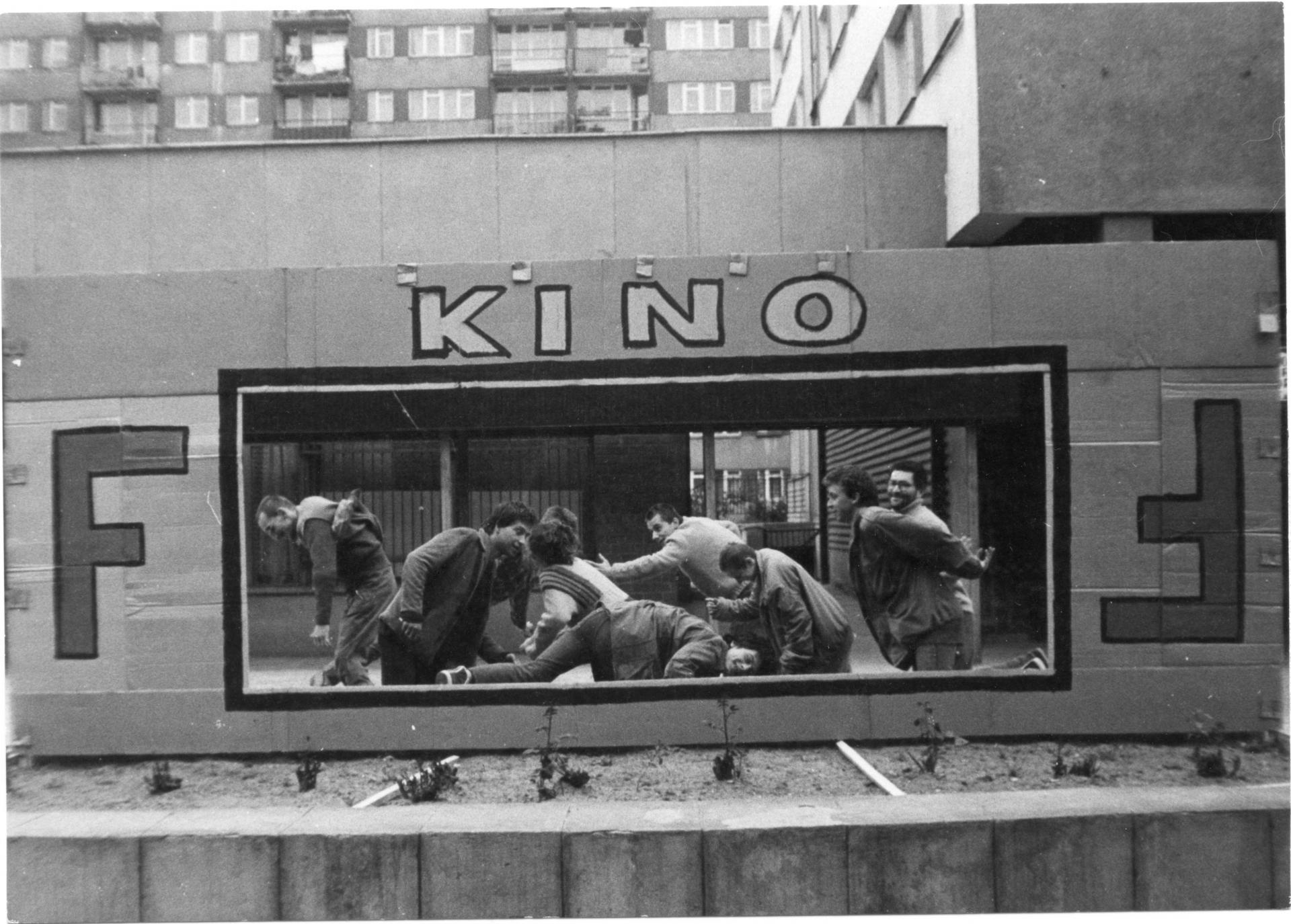 Praffdata, akcja HOLIŁÓDŹ, Dzień dziecka, Łódź Bałuty, 1987, fot. Tomek Jagodziński, archiwum Praffdaty