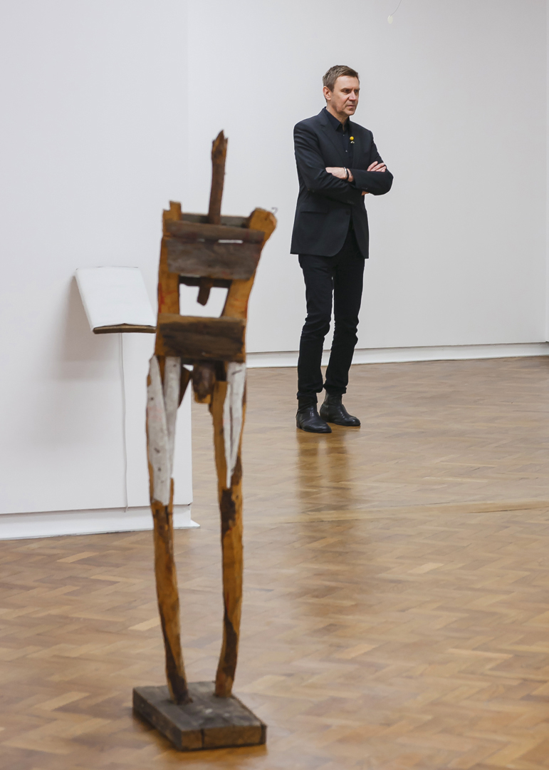 Mirosław Bałka podczas wernisażu wystawy