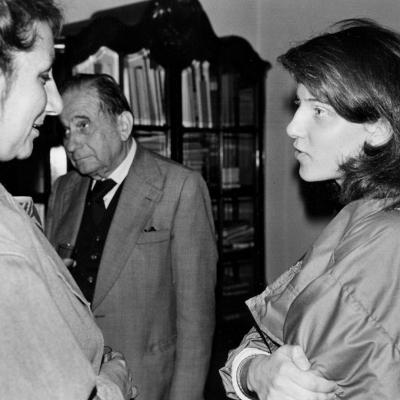 Od lewej Cozette de Charmoy, przedstawiciel Towarzystwa Przyjaźni Polsko - Francuskiej, dyr. Ryszard Stanisławski (ms), Olga Stanisławska