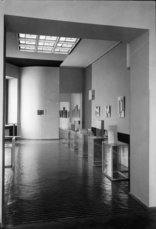 Sala Neoplastyczna w latach 1948-50