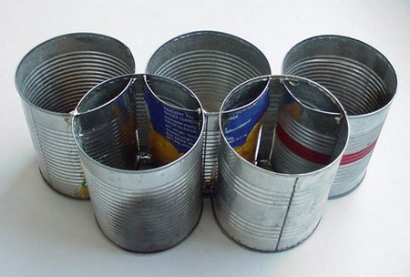 Aid Model, 2000 , object made of tins, Balázs-Dénes collection, Budapest