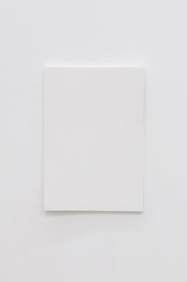 Cécile Dupaquier, Obraz (biało-biały 43 x 30) no5, 2016, sklejka, farba krzemianowa, dzięki uprzejmości artystki