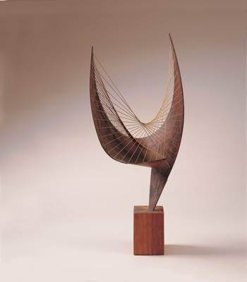 "Barbara Hepworth, ""Orfeusz (Makieta I)"", 1956, Pier Arts Centre, Orkney, Dar Margaret Gardiner, 1979"