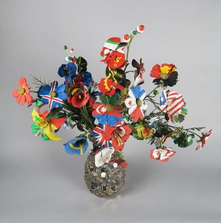 """Frank Scurti (b. 1965), """"Untitled (painted flowers 3)"""", 2001, paint on artificial flowers, 88 × 70 × 70 cm, collection of Antoine de Galbert, Paris, photo: Arthur Toqué"""