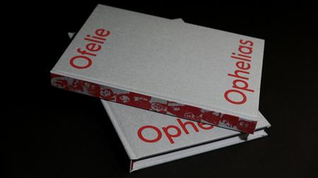 Ofelias. Iconography of Madness, design: Noviki